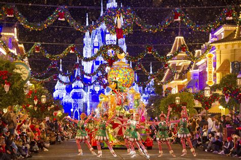 best christmas theme the best theme park events for 2013
