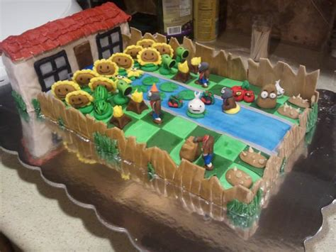 Cake Decorating Ideas Zombies This Plants Vs Zombies Birthday Cake Will Make Your Day