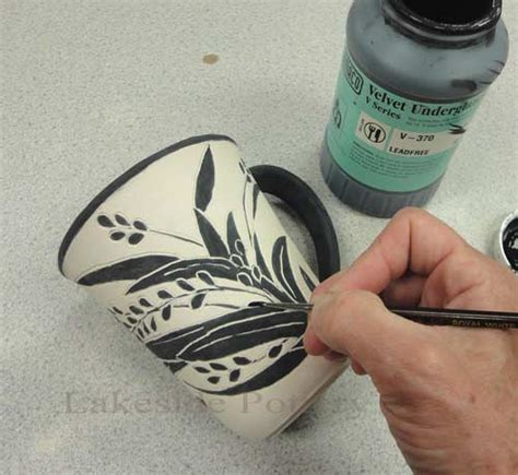 decorating pottery what is sgraffito pottery technique and tools