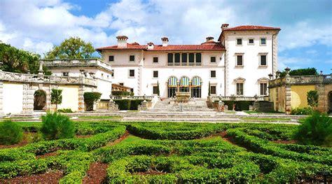 Vizcaya Gardens by Vizcaya Museum And Gardens