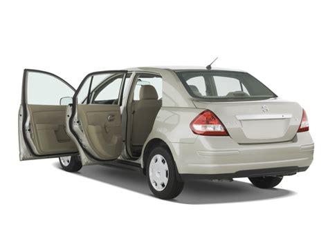 nissan sedan 2009 2009 nissan versa 4 door sedan