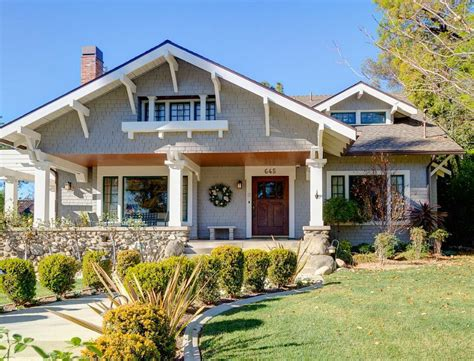 craftsman homes for sale a 1908 craftsman with gorgeous woodwork in pasadena