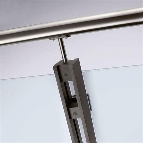 ringhiera vetro e acciaio parapetti in acciaio e vetro