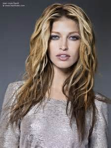 blended hair styles long tousled hairstyle with blended hair colors