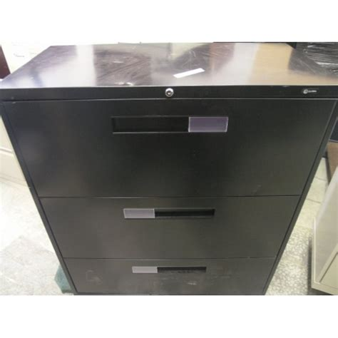 3 Drawer Lateral File Cabinet Black Global Black 3 Drawer Lateral Filing File Cabinet 36x18x40 5 Allsold Ca Buy Sell Used