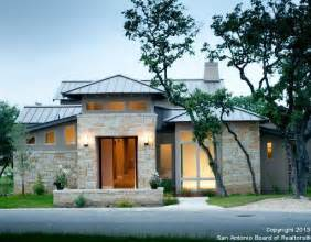 The modern home design gains immense popularity in texas hill country