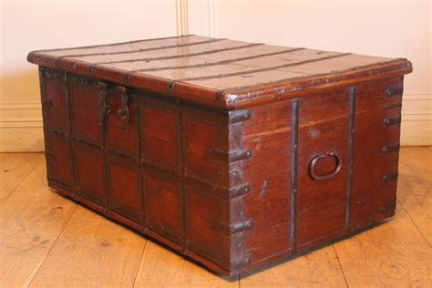 Coffee Table Trunks Chests 19c Trunk Coffee Table Antique Chests Trunks