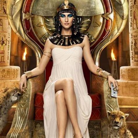 biografia de cleopatra reina de egipto sus amores historia mujeres que hicieron historia 1 cleopatra en mujeres