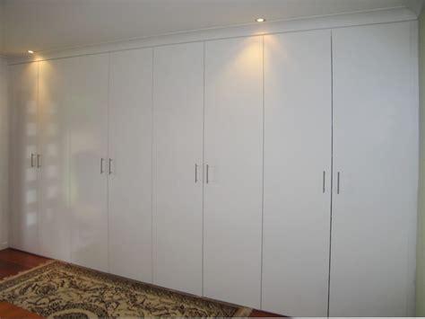 Flush Wardrobe Doors by Hinged Door Wardrobes Wardrobe Design Centre Brisbane