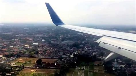 batik air jogja youtube landing at jog yogyakarta airport runway 09 on batik air