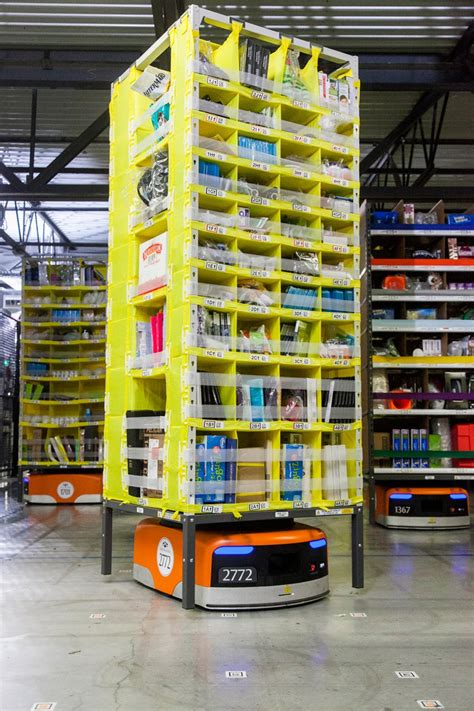 amazon warehouse robots 15 000 amazon kiva robots drive eighth generation