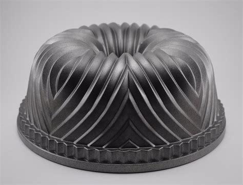10 Cup Bundt Cake Pan by Nordic Ware Palace Royale Bundt Cake Pan 10 Cup Cast Free
