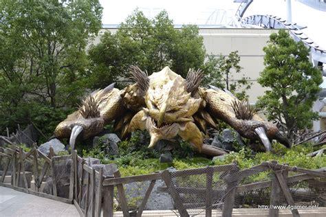 videos of monster giant video game monsters invade universal studios japan