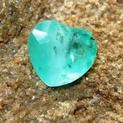 Zamrud Zambia 5 10 Carat batu zamrud zambia kualitas bagus oval cut 1 17 carat ada