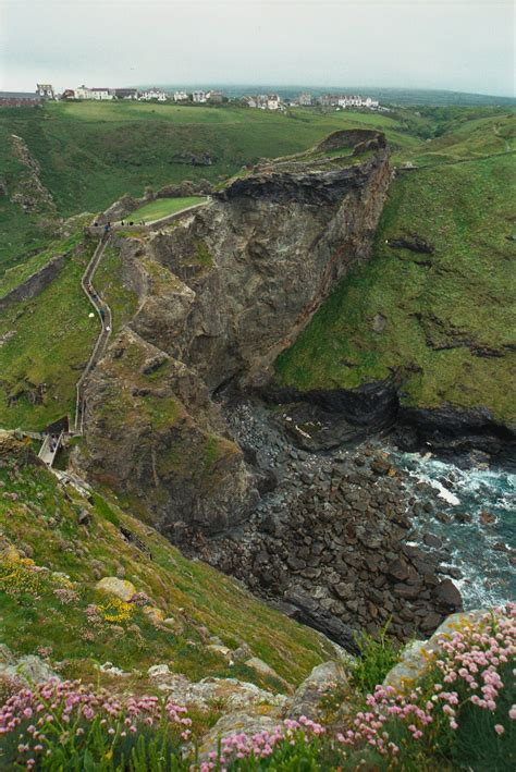 tintagel castle simple english wikipedia   encyclopedia