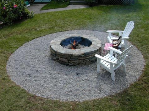 Building A Backyard Fire Pit How Tos Diy Building A Firepit In Backyard