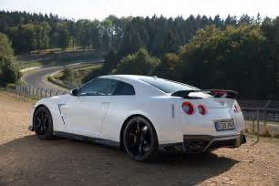 Nissan Gtr 2017 Nissan Gt R Track Edition Hits The European Car