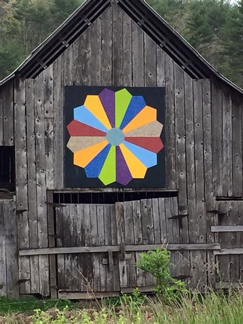 Barn Quilt by Dresden Plate Barn Quilt Barn Quilts Barn