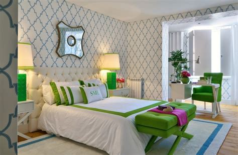 green wallpaper bedroom 40 beautiful wallpapers for a spring bedroom decor