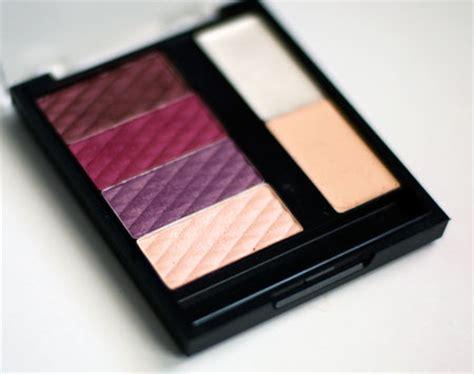 Tutorial Eyeshadow Inez New York tutorial berry bloom using new york color s berry bloom palette