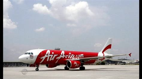 email airasia indonesia airasia plane missing with 162 aboard