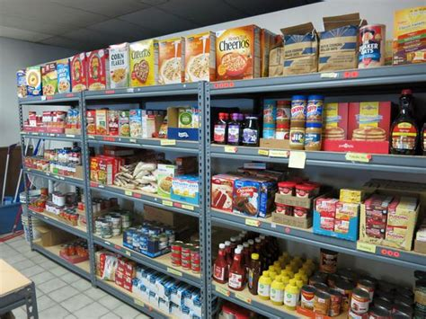 Seven Loaves Food Pantry by Loaves And Fishes Depends On Volunteers Community Support