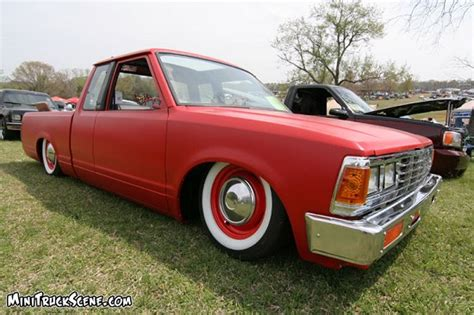 bagged nissan 720 bagged nissan 720 28 images 2low4 s10s 1983 datsun