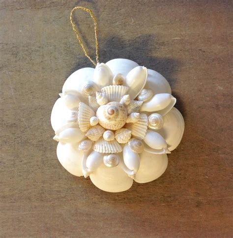 1000 ideas about seashell christmas ornaments on