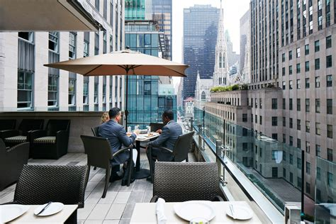 which hotels have a view of rocksfeller center tree club quarters opposite rockefeller center nyc hotelsbyday