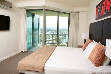 one bedroom apartment gold coast schoolies gold coast mantra sun city accommodation
