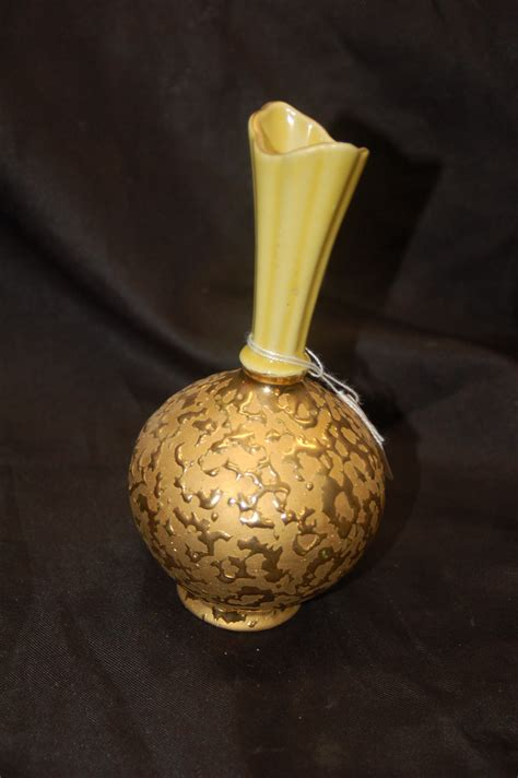 gold decorated bulbous bottom pottery vase for sale