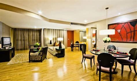 3 bedroom suite bangkok 5 star rooms and luxury suites at urbana sathorn bangkok