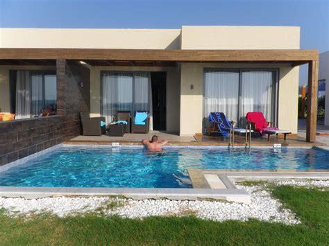 pool terrasse quot suite terrasse pool quot aegean resort in fanes