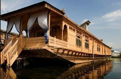 house boat of kashmir house boat in dal lake kashmir indian destinations