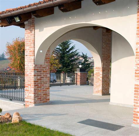 pavimenti per esterni in pietra naturale pavimenti in pietra naturale per esterni cortili e