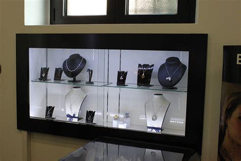 arredamenti per gioielleria arredamento gioielleria cesate arredo negozio gioielli