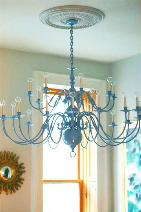 Painting Brass Chandelier 25 Best Ideas About Spray Painted Chandelier On Paint Chandelier Painted