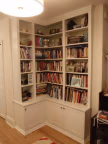Corner Built In Bookshelves Friends Corner Bookcase Plans