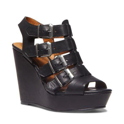 madden wedge sandals madden kloverr platform wedge sandals in black lyst