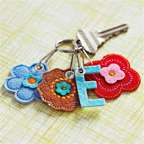 Gantungan Kunci Butterfly Butterfly Key Ring Isi 30 Pcs 169 best key chain gantungan kunci images on key fobs felt crafts and felt keyring