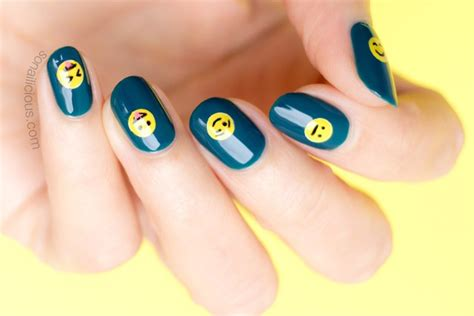 How To Do Emoji Nail