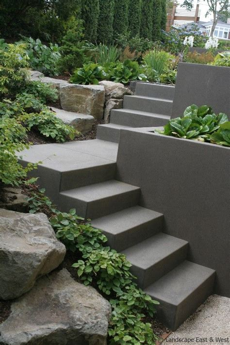 best 25 concrete retaining walls ideas on pinterest retaining wall design backyard retaining