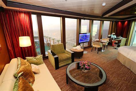norwegian cruise haven jim zim s norwegian pearl cruise ship review