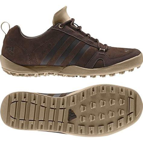 De Las Adidas Al Aire Libre Daroga Two 11 Cc Zapatos Rosado Blanco Gris Zapatos P 192 by Adidas Mens Daroga Two Ii Brown Leather Smart Outdoor