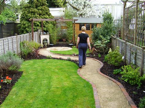 small rectangular backyard designs rectangle garden design ideas luxury garden ideas cheap uk