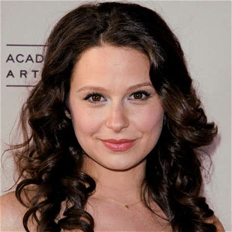 Katie Lowes Single Again Celebrity Break Up Split And