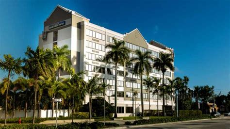 comfort suites fort lauderdale comfort suites airport cruise port fort lauderdale fl