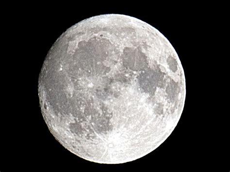 imagenes en blanco y negro de la luna 4 500 millones de a 241 os de la luna en 3 minutos nasa