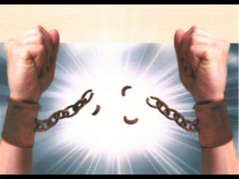 oracion para romper cadenas y ataduras oraci 243 n para romper maldiciones youtube