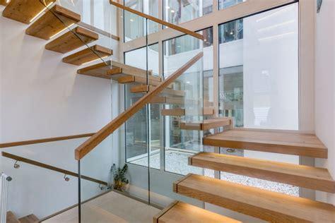 treppen handlauf vorschriften balkon gel 228 nder vorschriften kreative ideen f 252 r